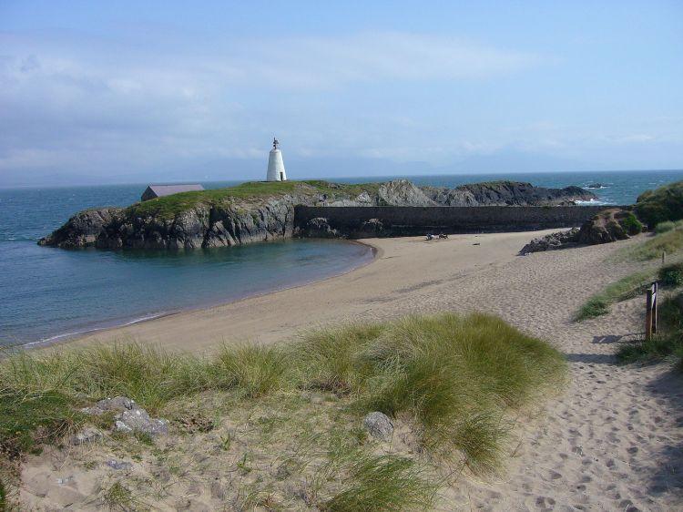 Wales LlanddwynIsland2